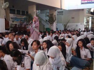 Seminar Writerpreneur di SMA Batik 1 Solo